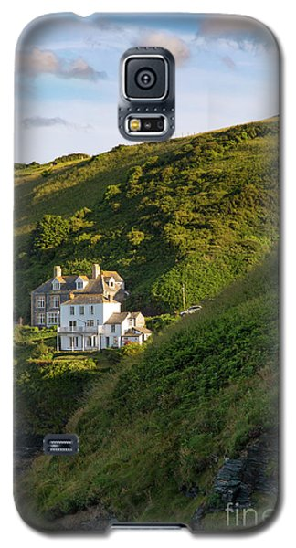 Galaxy S5 Case featuring the photograph Port Isaac Homes by Brian Jannsen