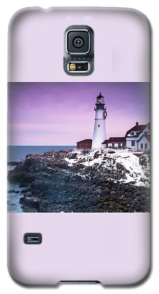 Galaxy S5 Case featuring the photograph Maine Portland Headlight Lighthouse In Winter Snow by Ranjay Mitra