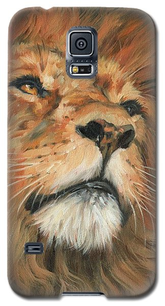 Galaxy S5 Case featuring the painting Portrait Of A Lion by David Stribbling