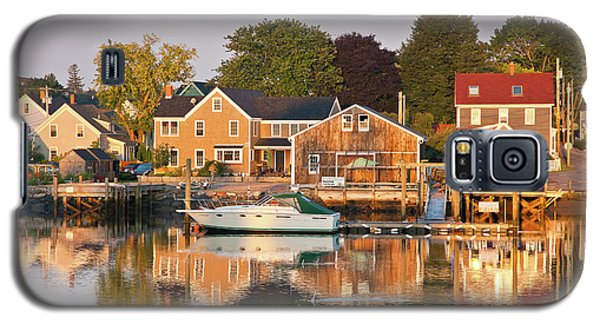 Galaxy S5 Case featuring the photograph Portsmouth South End Waterfront by Susan Cole Kelly