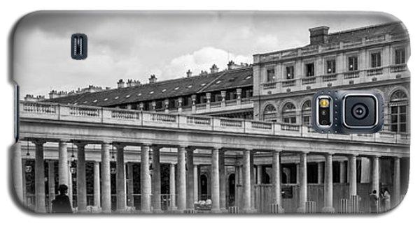 Posing For Photo Shoot At Le Palais Royal Galaxy S5 Case