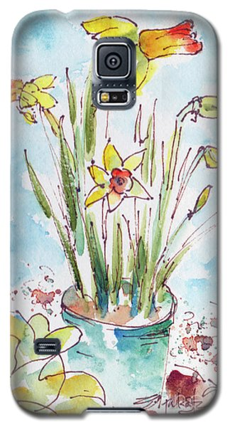 Galaxy S5 Case featuring the painting Potted Daffodils by Pat Katz