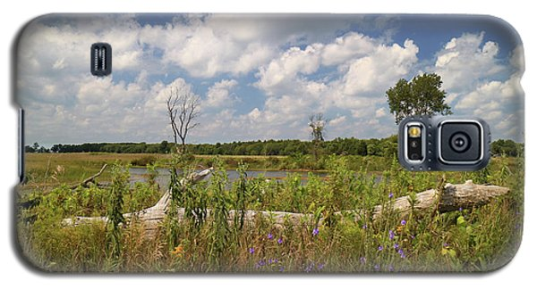 Galaxy S5 Case featuring the photograph Prairie Wetland by Scott Kingery