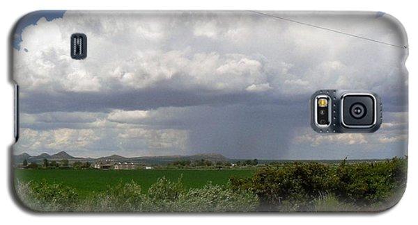 Galaxy S5 Case featuring the photograph Prarie Rain Cloud by Deborah Moen