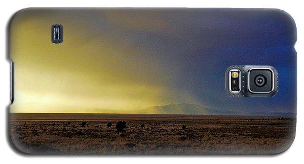 Galaxy S5 Case featuring the photograph Prarie Rain Lund Utah by Deborah Moen