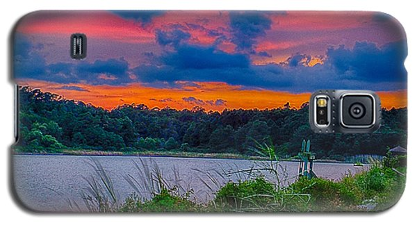 Galaxy S5 Case featuring the photograph Pre-sunset At Hbsp by Bill Barber