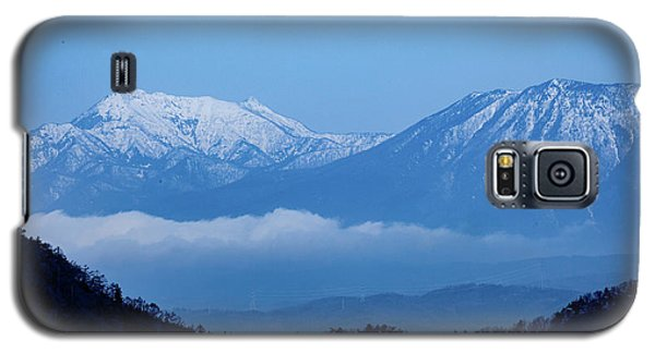 Galaxy S5 Case featuring the photograph Predawn Peaks by Rikk Flohr