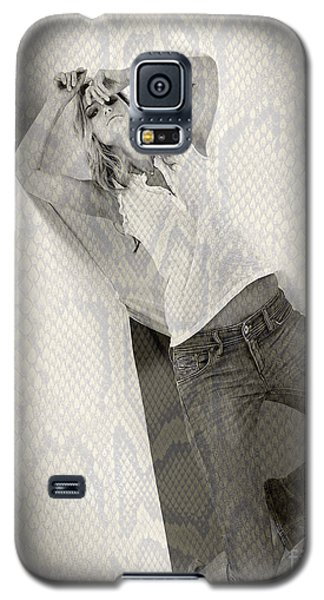 Galaxy S5 Case featuring the photograph Pretty Girl On Her Knees by Michael Edwards