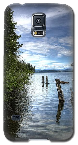 Priest Lake Houseboat 7001 Galaxy S5 Case by Jerry Sodorff