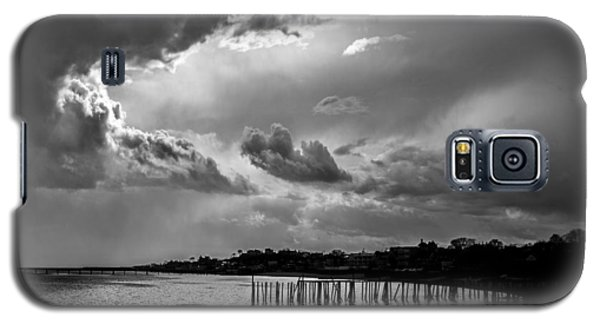 Galaxy S5 Case featuring the photograph Provincetown Storm by Charles Harden
