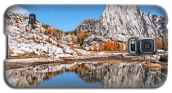 Prusik Peak Reflected In Gnome Tarn Galaxy S5 Case