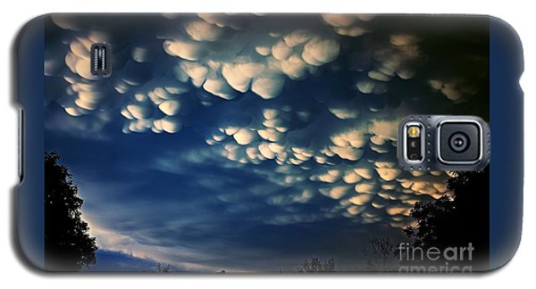 Puffy Storm Clouds Galaxy S5 Case