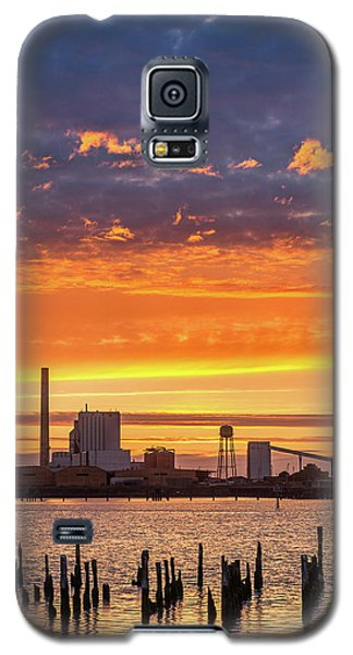 Galaxy S5 Case featuring the photograph Pulp Mill Sunset by Greg Nyquist