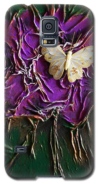 Purple Fowers With Butterfly Galaxy S5 Case by Angela Stout