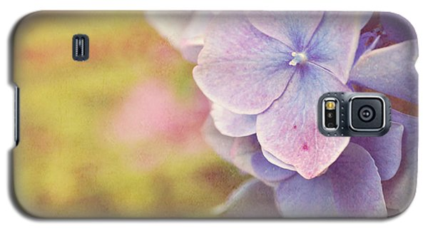 Galaxy S5 Case featuring the photograph Purple Hydrangea by Lyn Randle