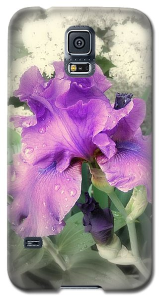 Purple Iris In Focal Black And White Galaxy S5 Case by Margie Avellino