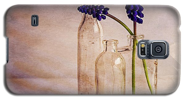 Galaxy S5 Case featuring the photograph Purple by Mary Hone