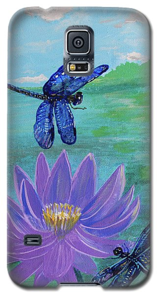 Purple Water Lily And Dragonflies Galaxy S5 Case