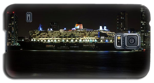 Queen Mary 2 At Night In Liverpool Galaxy S5 Case