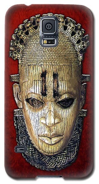 Queen Mother Idia - Ivory Hip Pendant Mask - Nigeria - Edo Peoples - Court Of Benin On Red Velvet Galaxy S5 Case