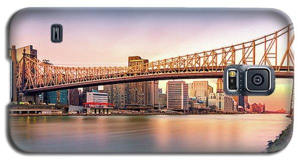 Queensboro Bridge At Sunset Galaxy S5 Case by Mihai Andritoiu