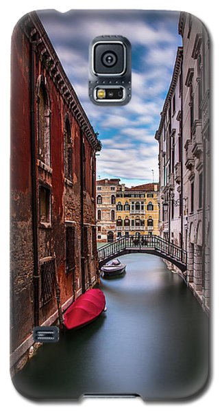 Galaxy S5 Case featuring the photograph Quiet Canal In Venice by Andrew Soundarajan