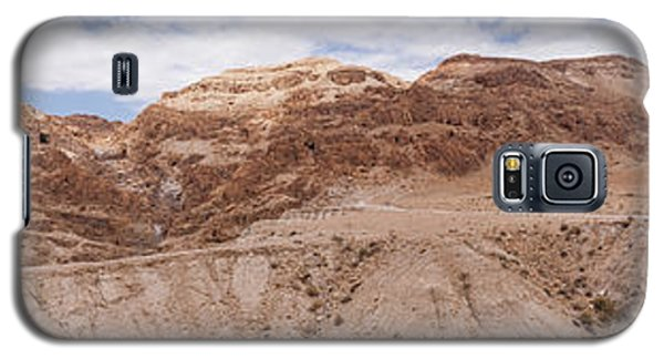 Galaxy S5 Case featuring the photograph Qumran National Park by Yoel Koskas