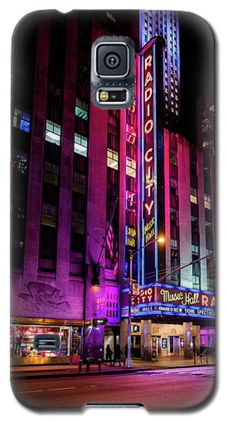 Galaxy S5 Case featuring the photograph Radio City Music Hall by M G Whittingham