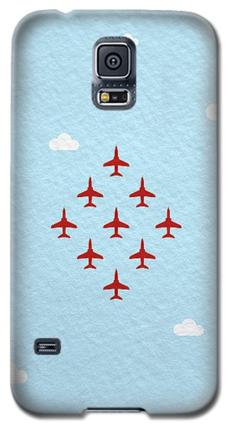 Hawk Galaxy S5 Case - Raf Red Arrows In Formation by Samuel Whitton