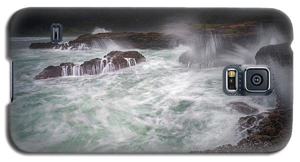 Raging Waves On The Oregon Coast Galaxy S5 Case