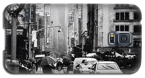 Rain - New York City Galaxy S5 Case by Vivienne Gucwa