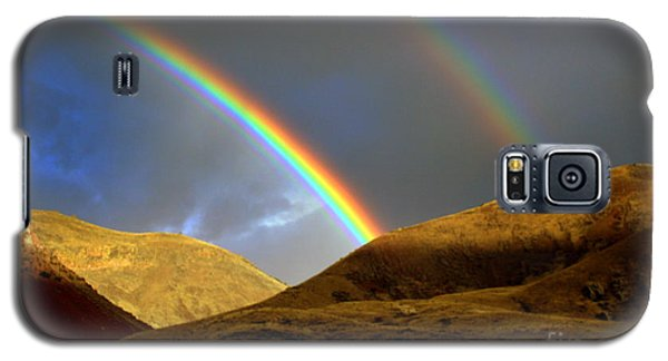 Rainbow In Mountains Galaxy S5 Case by Irina Hays