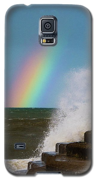 Rainbow Over The Crashing Waves Galaxy S5 Case