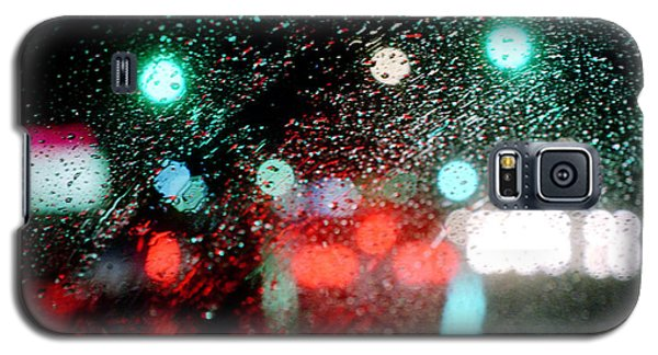 Rainy Day In The City Galaxy S5 Case by Emanuel Tanjala