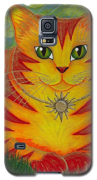 Galaxy S5 Case featuring the painting Rajah Golden Sun Cat by Carrie Hawks