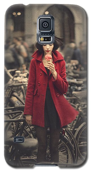 Bicycle Galaxy S5 Case - raspberry sorbet in Amsterdam by Anka Zhuravleva
