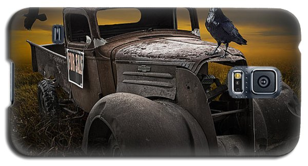 Raven Hood Ornament On Old Vintage Chevy Pickup Truck Galaxy S5 Case