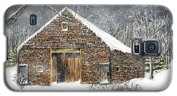Galaxy S5 Case featuring the painting Ray Emerson's Old Barn by Jack Skinner