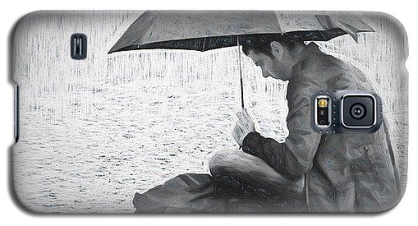 Reading In The Rain - Umbrella Galaxy S5 Case by Nikolyn McDonald