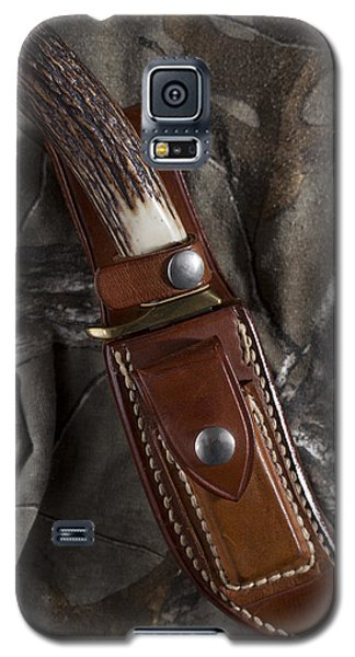 Galaxy S5 Case featuring the photograph Ready For Anything by Andrew Pacheco