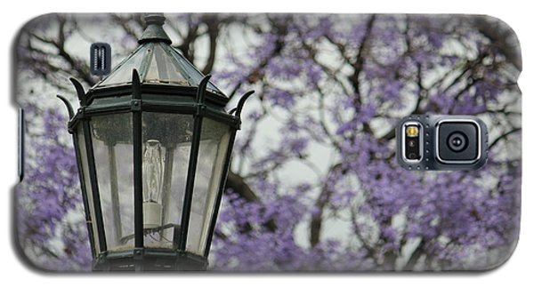 Galaxy S5 Case featuring the photograph Recoleta by Wilko Van de Kamp