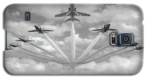 Galaxy S5 Case featuring the photograph Red Arrows Smoke On Bw Version by Gary Eason