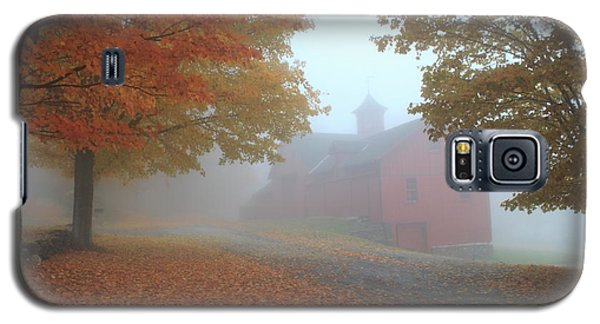 Red Barn In Autumn Fog Galaxy S5 Case by John Burk