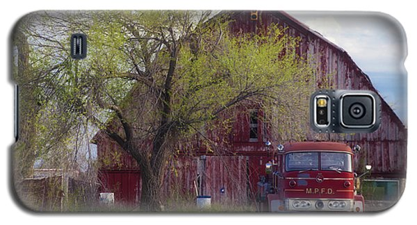 Red Barn Red Truck Galaxy S5 Case