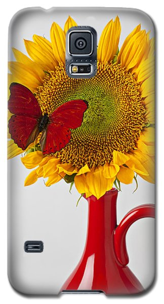 Red Butterfly On Sunflower On Red Pitcher Galaxy S5 Case