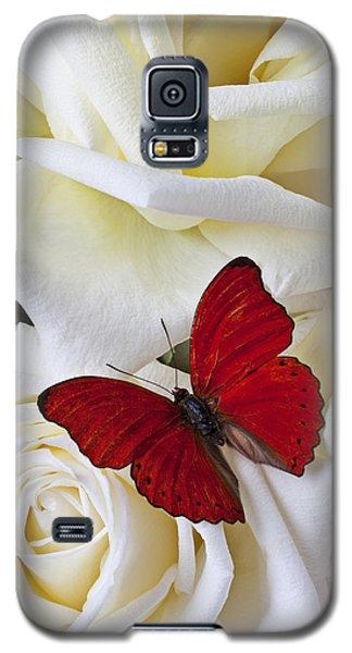 Butterfly Galaxy S5 Case - Red Butterfly On White Roses by Garry Gay