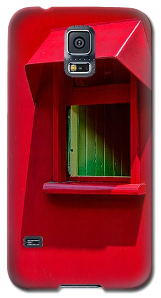 Red Caboose Window In Shade Galaxy S5 Case