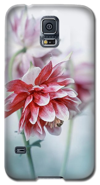 Red Columbines Galaxy S5 Case