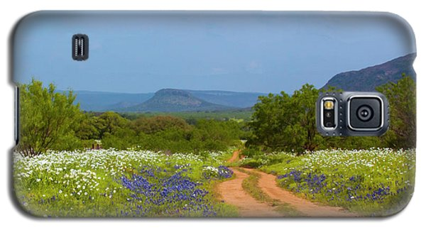 Red Dirt Road With Wild Flowers Galaxy S5 Case