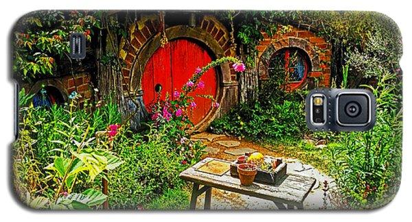 Red Hobbit Door Galaxy S5 Case